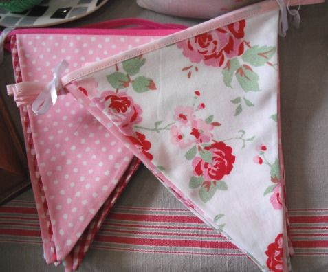 Google Image Result for http://www.caloncompany.co.uk/wp-content/uploads/2011/08/Floral%2520bunting%2520large%2520two.JPG