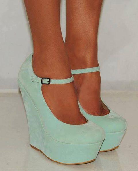 #cutecolor #pastels #heeld #wedges #brayola
