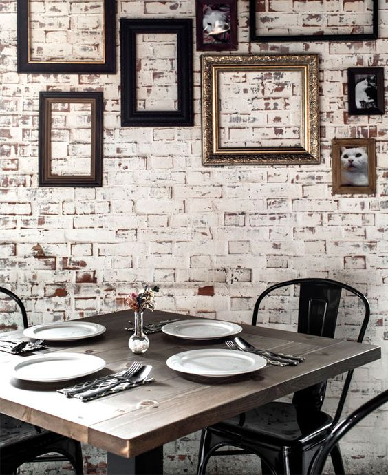 Space with Attractive Exposed Brick Walls - InteriorZine