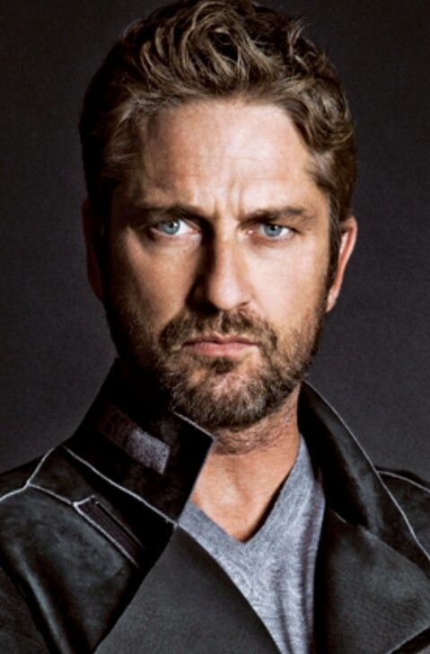 Gerard Butler for Hugo Boss! Christmas just got sexy ♡: