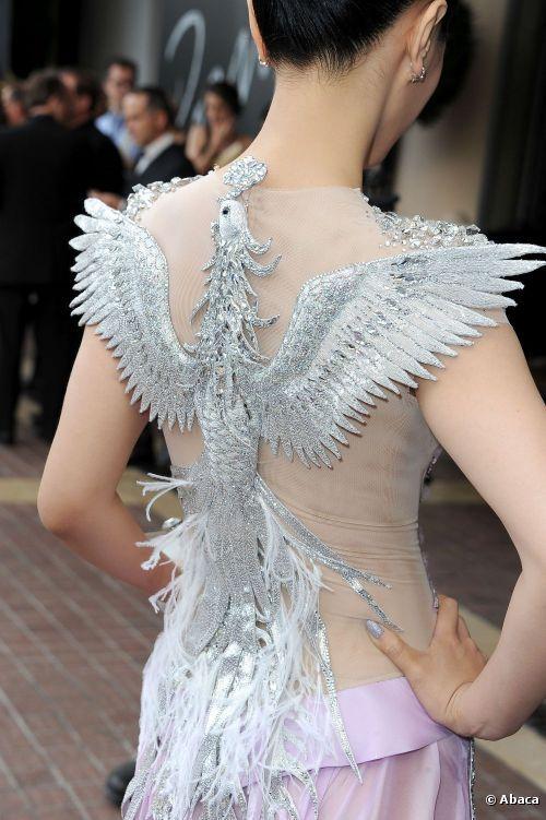 Chen Tingjia sublime le 17 mai 2012 le jour de l'ouverture du festival de Cannes.