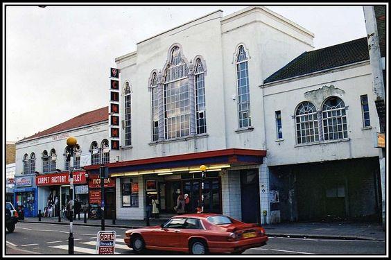 Granada cinema in 1960s - Walthamstow, Hoe Street, E17