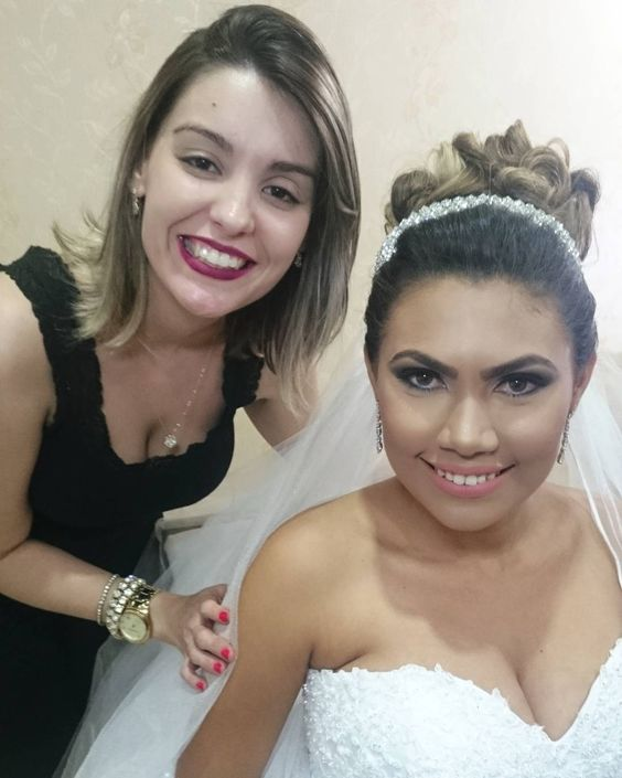 Noivinha de hoje Natália  #diadanoiva #diadanoivaguarulhos #noivas #casamentos #bridalmakeup #bride #weddingday #wedding #noivas2016 #noivasdobrasil #makeup #maquiagemparanoivas #make #maccosmetics #eyeshadow by drikadiasmakeuphair
