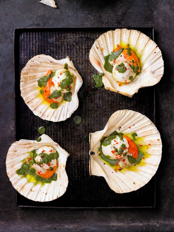 Check out our easy recipe for cooking scallops with Vietnamese herb sauce. These large scallops are fresh and low in calories, and serves 2 as a starter