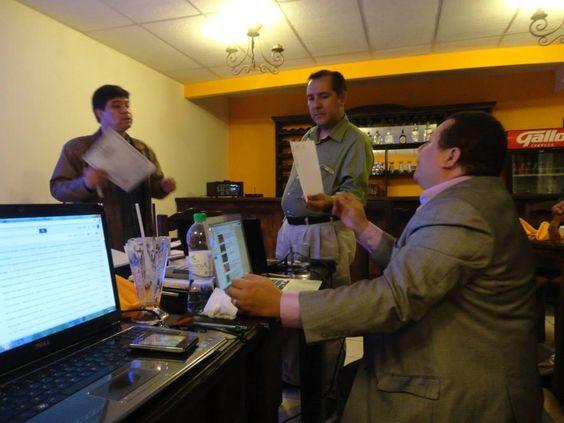 Explicando los Documentos que se Otorgan a los Graduandos