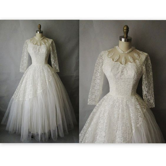 50's Wedding Dress // Vintage 1950's White Tulle Lace Wedding Dress Gown