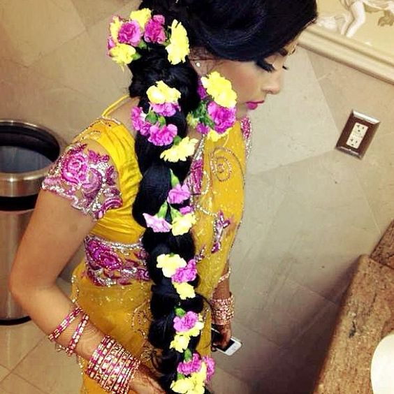 .Mendhi florals #Bengali bride