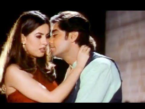 Mahima Chaudhary Kissing Scene