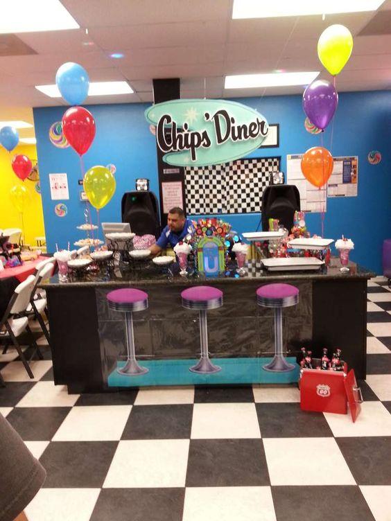 Sock hop 50 39 s theme birthday party ideas cumplea os - Ideas 50 cumpleanos ...