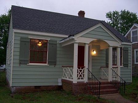 Small home exterior photos artistic tiny house exterior for Tiny house photo gallery