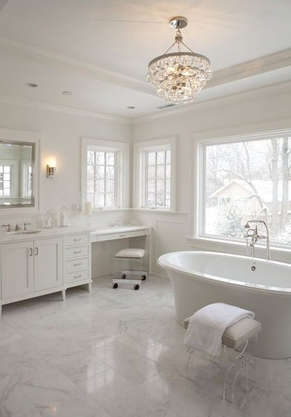 Incroyable The Light Fixture And Tile In This Bathroom Are To Die For! | Cool Bathrooms  | Pinterest | Lights, Bath And Master Bathrooms