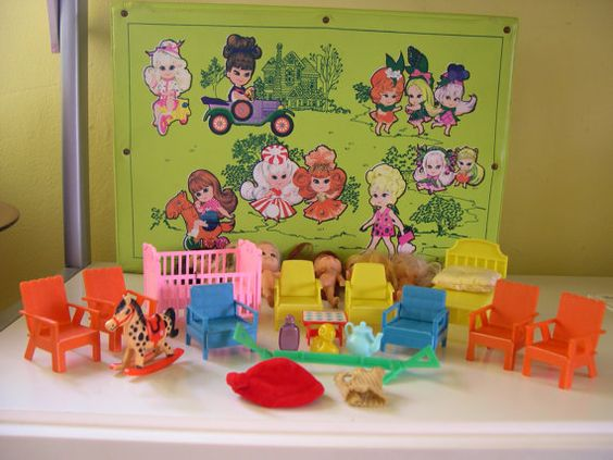 Vintage Liddle Kiddles Dolls, Furniture and Collectors Case