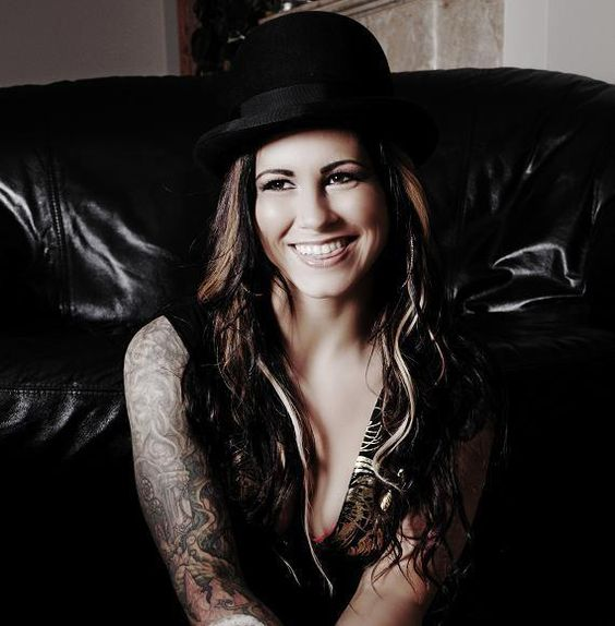 Would love to get a tattoo done by talented & beautiful Kim Saigh