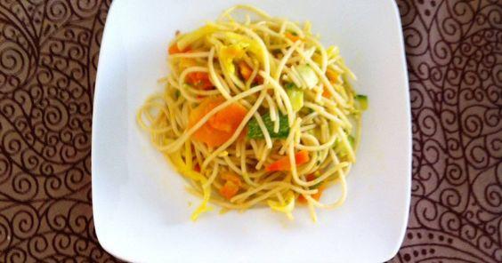 Spaghetti con verduras.