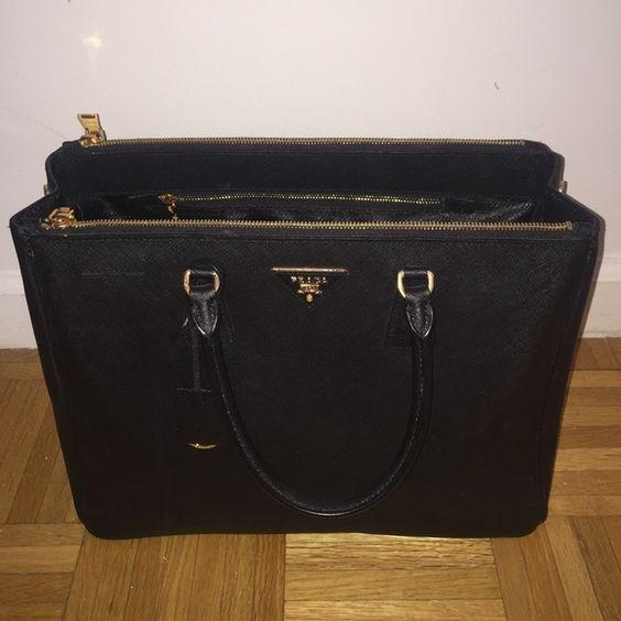 Prada saffiano Excellent condition. Comes with authenticity card. No scratches. Prada Bags Totes