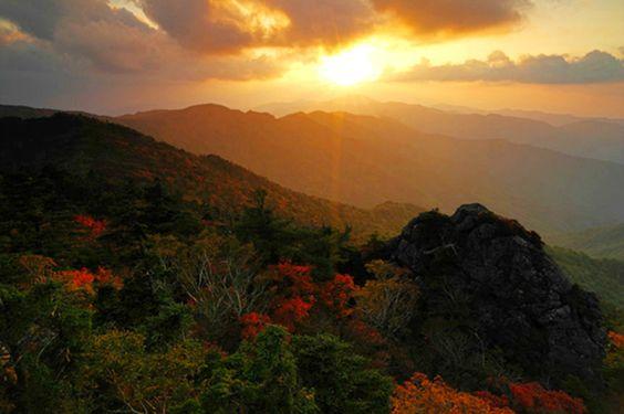 Cảnh đẹp ở núi Jirisan chiều thu