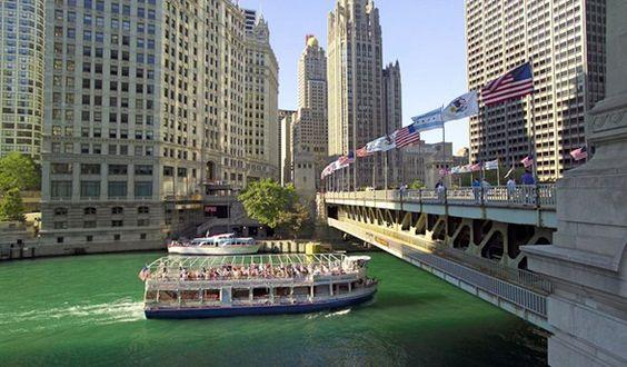 EnjoyIllinois.com | Chicago Architecture Foundation River Cruise