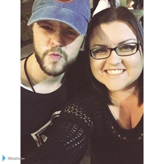 Jay e fã (@ImagineSam) em Tustin, nos Estados Unidos. (17 mai.)