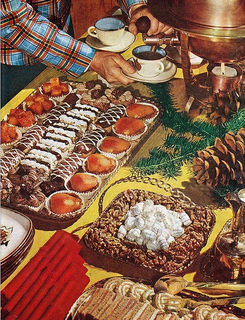 food holiday dessert buffet - Buffet Retro Cuisine
