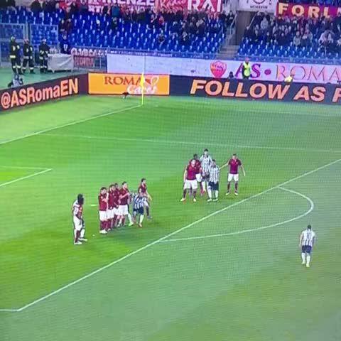 Vine by Khaledalnouss - Tevez's goal. Roma 0-1 Juventus. #RomaJuve