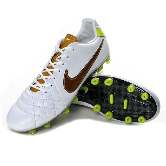 Cheap Soccer Shoes Online... Seriously like 50% off!! And such ...