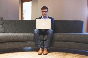 4 plataformas para ganar dinero como #Freelance  #Emprendedores #Trabajardesdecasa