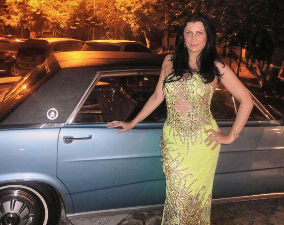 Mi amiguita Maite en traje de noche