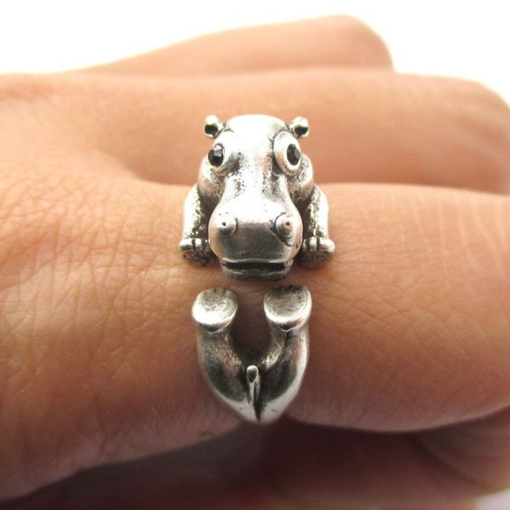 3D Realistic Hippo Hippopotamus Shaped Animal Wrap Ring in Silver. cutest ring ever
