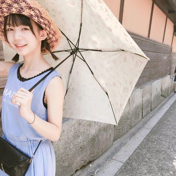 日傘がよく似合う神﨑風花