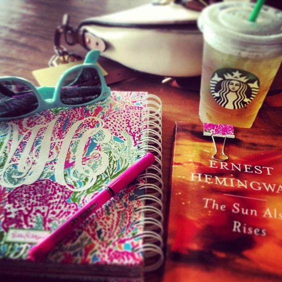 Life Essentials Freshman Life Pinterest Colleges