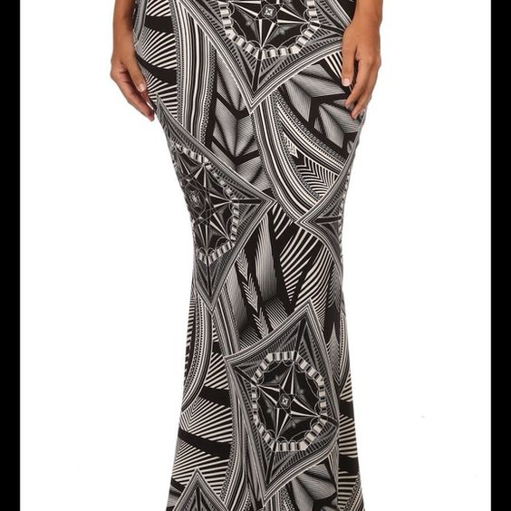 B/W Skirt Maxi🎉🤑😜SALE! One Week Only!😜🤑🎉👑 Plus Size Maxi Skirt Dresses Maxi