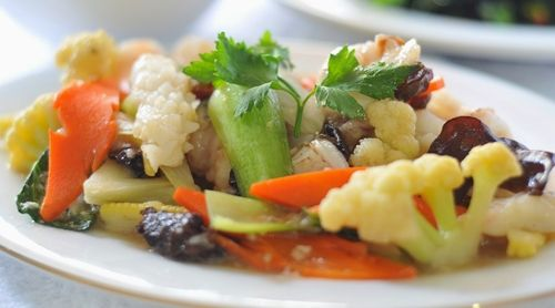 Resep Capcay Kuah Ala Resto Dan Cara Membuat Capcay Rumahan Yang Enak Serta Olahan Masakan Capcay Chinese Food Halal Dan Aneka Rese Resep Masakan Makanan Resep