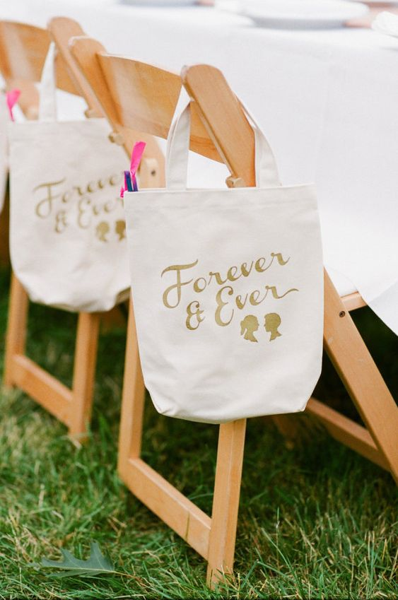 Forever & Ever totes for each of the guests  Photography by summerstreetphotography.com, Event Design by makewellmade.com