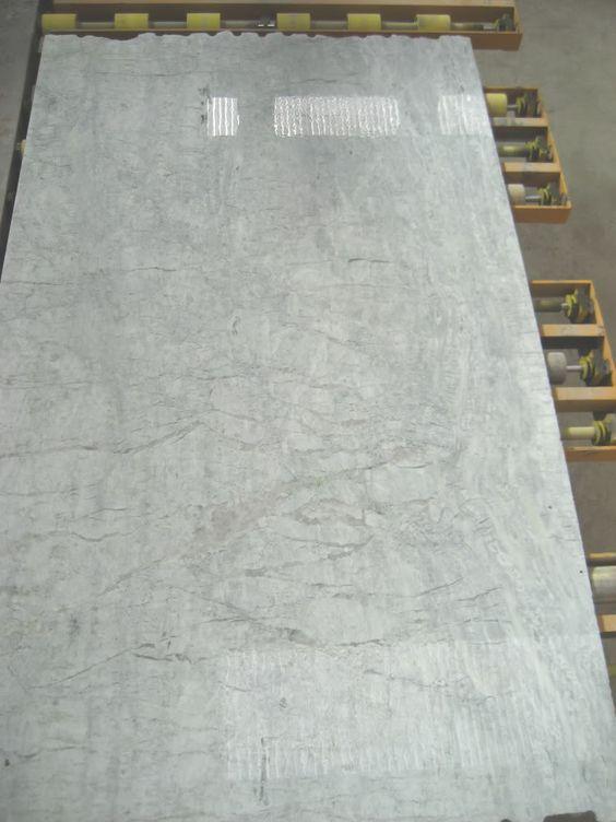 Countertops I 39 Ve Seen Pics Of Super White Like In