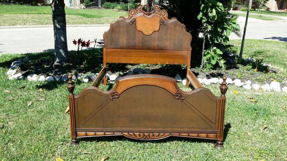 SALE!  Bed Antique 1920s Vintage Serpentine  Wood Raised Intricate  Bedroom Full…
