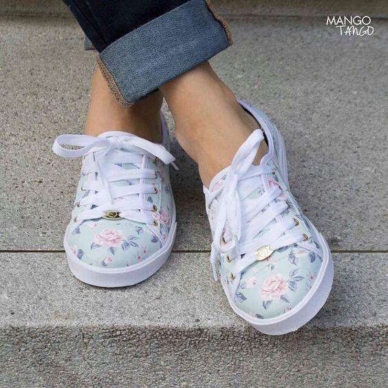 Julieta Vintage de Almendra ❤️ Encuentralos Aquí: mangotango.com.co/disenadores/manufacturers/almendra  -- #mangotango #mangotangoshop #almendrazapatos #shoes #casual #trend #zapatos #love #likeforlike #comprecolombiano #yocomprocolombiano #dorado