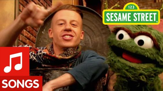 Macklemore feat. Oscar - Thrift Shop (Sesame Street Version)