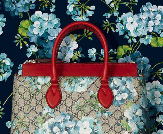 Gucci GG Blooms Red Peekaboo Tote Bag