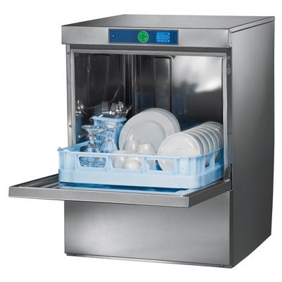 wash dishes machine