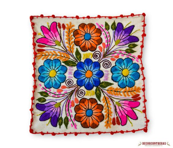 White Floral Decorative Cushion Cover 16x16 by DECORCONTRERAS