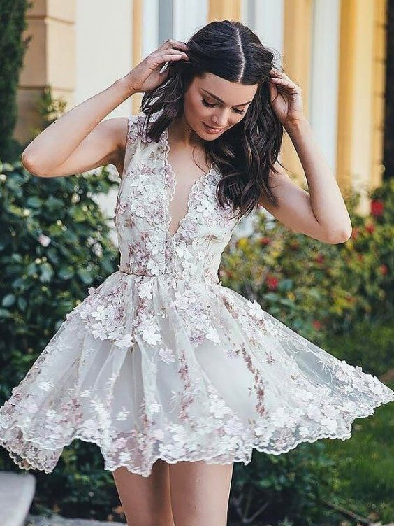 The Best Outfits to Wear to a Cocktail Party | Unique