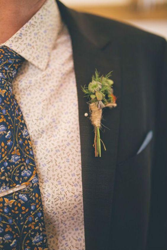 Detalhes florais para o look masculino para um casamento