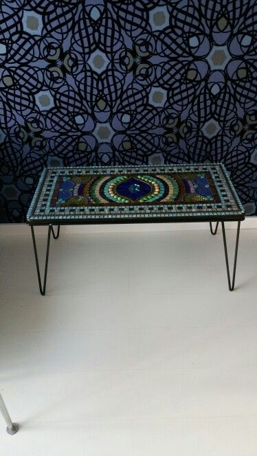 Mosaic table made by Marja Creusen juni 2015