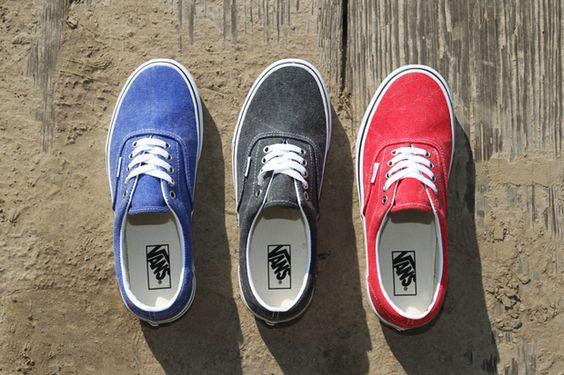 Vans 2012 Spring Era Distressed Pack.    WANT