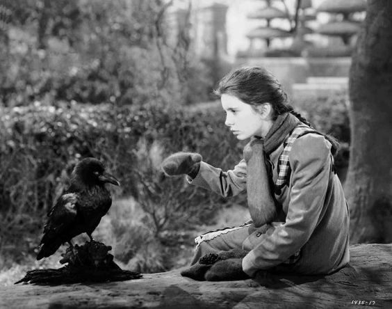 The secret garden 1949 full shot of margaret o 39 brien as for Cancion de la pelicula el jardin secreto