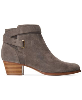 Giani Bernini Oleesia Booties, Only at Macy's $88.99 The Oleesia booties from Giani Bernini are a low profile choice that will work with cute skirts or leggings for casual style.