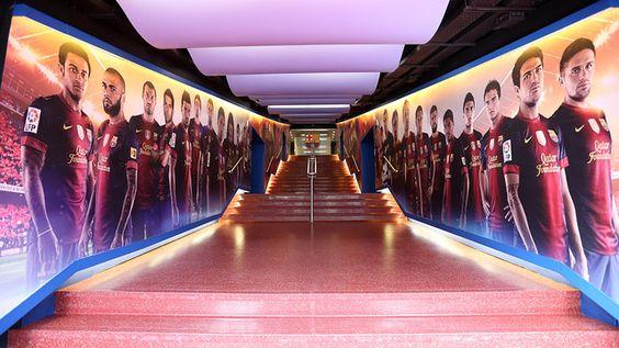De topspelers van Barça op een rij in het FC Barcelona Museum http://bezoekbarcelona.blogspot.com/2012/01/camp-nou.html