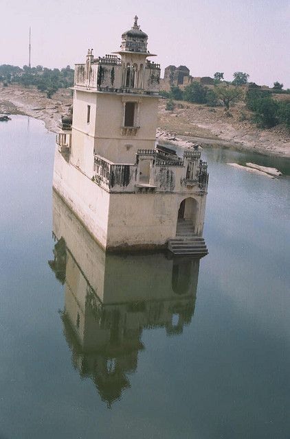 Architecture Of Chittorgarh Fort