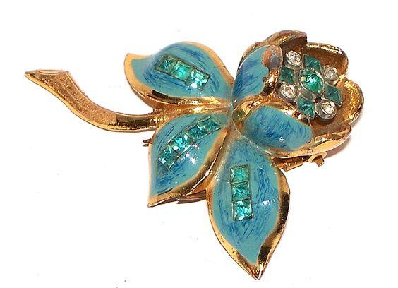 Coro Trembler Fur Clip  www.midcenturyjewelry.com