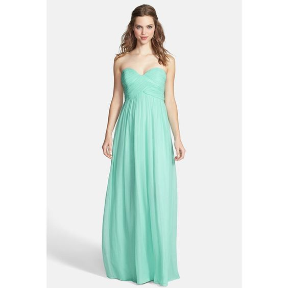 Donna Morgan 'Laura' Ruched Sweetheart Silk Chiffon Gown (Plus Size) ($40) ❤ liked on Polyvore